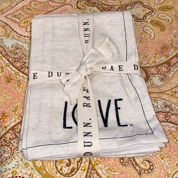 Rae Dunn Set of 4 Embroidered Napkins - New